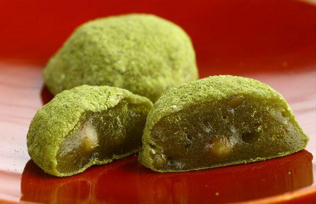 ミニマムで手軽で日持ちする、抹茶きな粉のクルミ餅