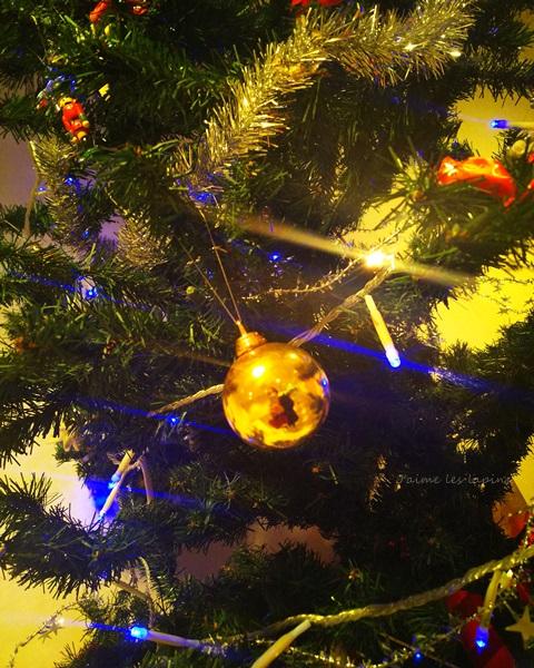 会場外に飾ってあった、クリスマスツリー