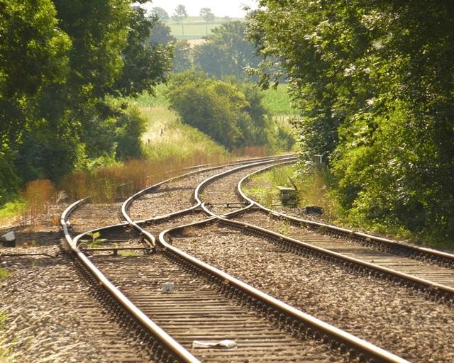 2本の鉄道のレール