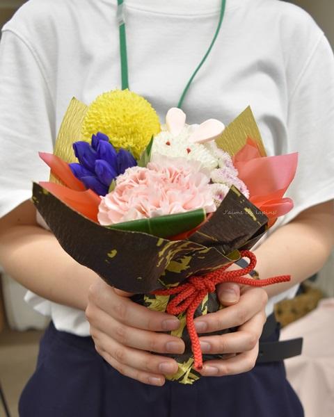 日比谷花壇敬老の日アレンジメント売上げランキング第一位を持つ社員さん