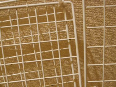 うさぎの手作りケージ100円ショップの網