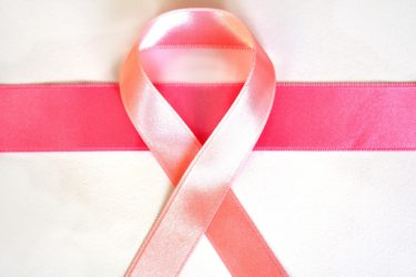 痛くない!新しい乳がん検診のおすすめ「Invenia ABUS」~受診や費用は?結果を報告