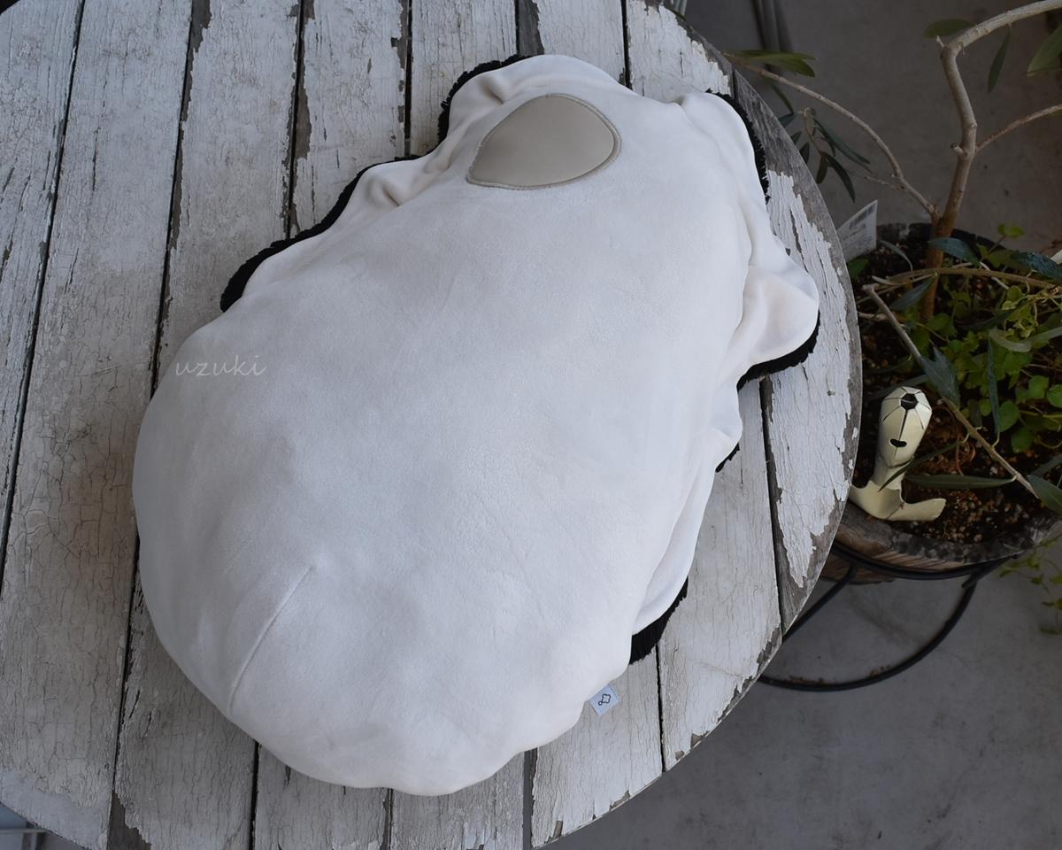 おしゃれに置いてある牡蠣クッション